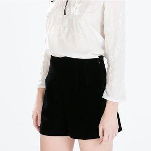 •Zara• Front Pleat Velvet Shorts